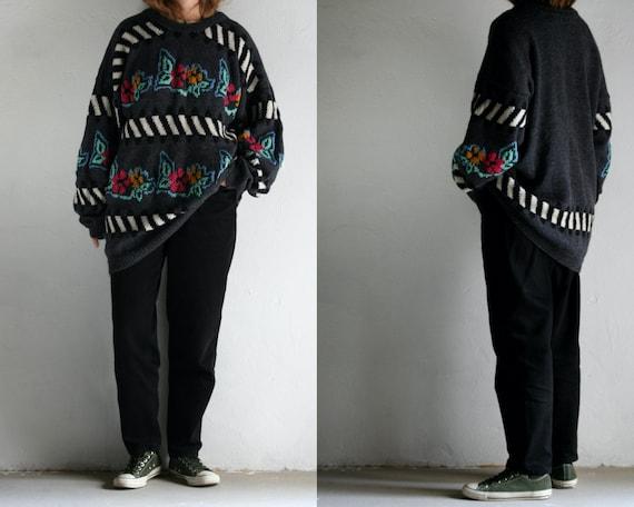 vintage oversized sweater wool/unisex/floral strip