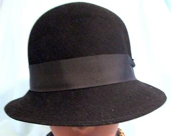 Derby Blue Faux Fur Adolfo II Hat Brimmed Cloche Vintage Paris New York Musketeer Vintage Designer Hat