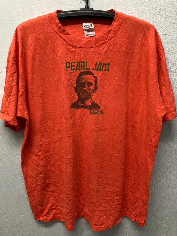 Vintage Pearl Jam T-shirt