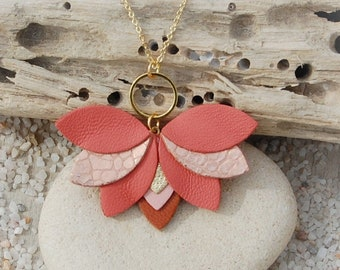 Gift Idea fuschia and gold rose White lotus flower leather necklace AGATIZ Women/'s Jewelry