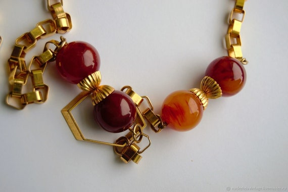 Vintage 1940s Bakelite Necklace. - image 6
