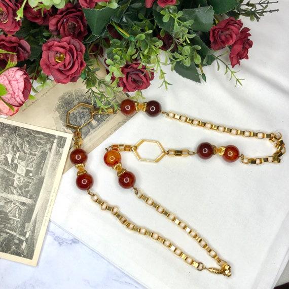 Vintage 1940s Bakelite Necklace.