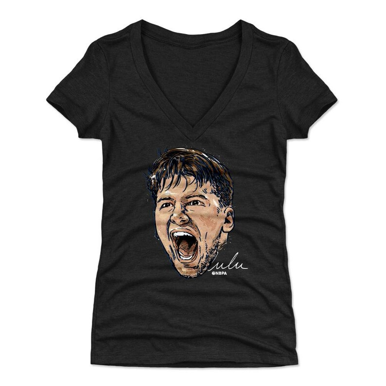 Luka Doncic Women/'s V-Neck T-Shirt Dallas Basketball Luka Doncic Scream WHT