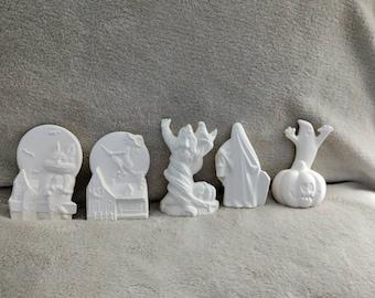 Ceramic bisque Halloween vintage set ready to paint