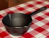 Lodge 5 Cast Iron Melting Pot, MPR, 2 Cups Double Spout Ladle, Made in USA, Restored, Seasoned, Sauce Pan