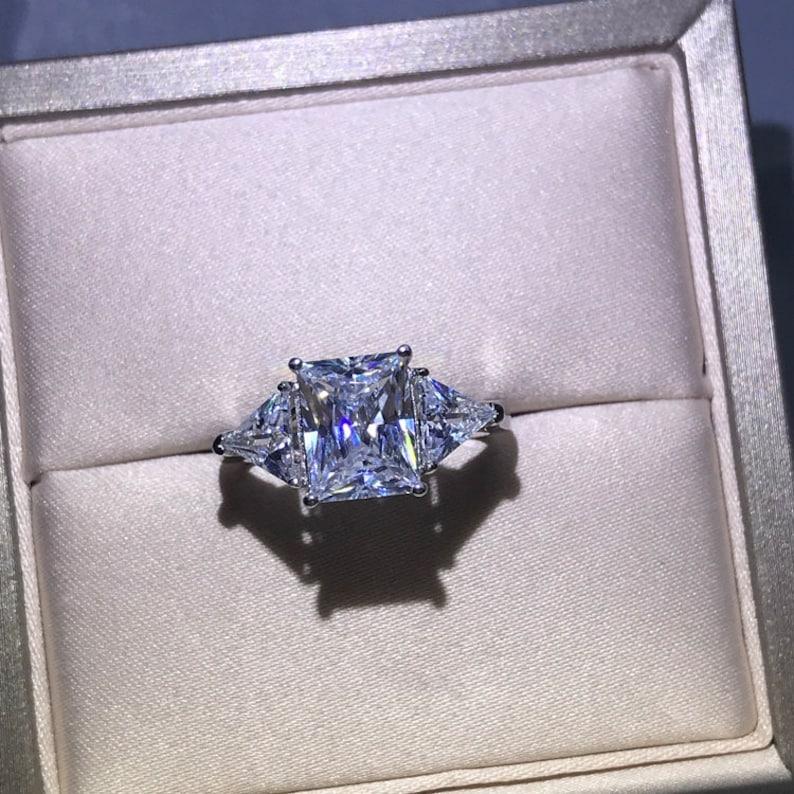 2.5 Carats Cushion Cut White Sapphire Engagement Ring Wedding Ring Anniversary Ring