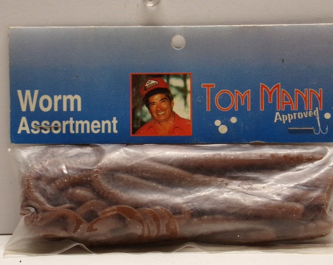"""Vintage manns approved rubber worms 20 pack of 6"""" worms from 1980s."""