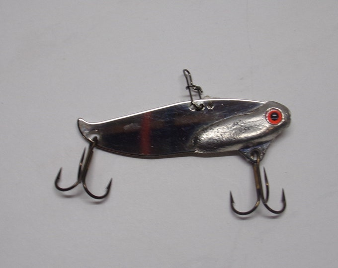 Flash blade bait 1/2 ounce lead free with nickel mirror finish made by bass buster baits