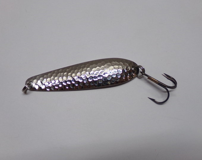 Flutter flash spoon with super slow fall rate 1/4 ounce made by bass buster baits