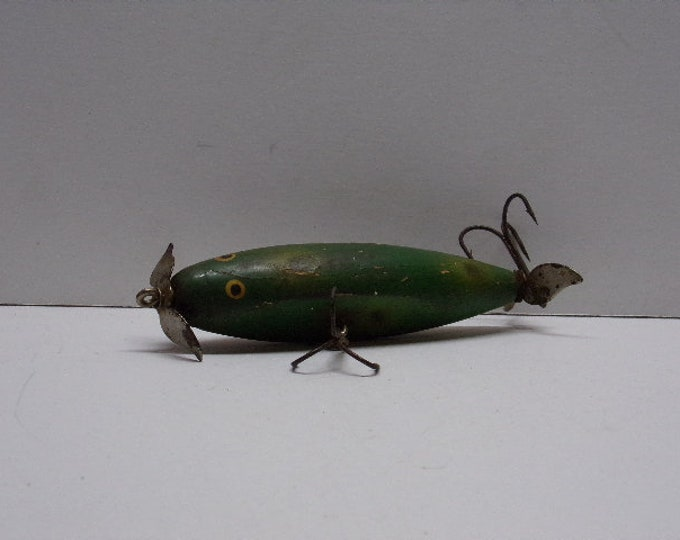 Vintage unknown maker  topwater prop lure from 1960s