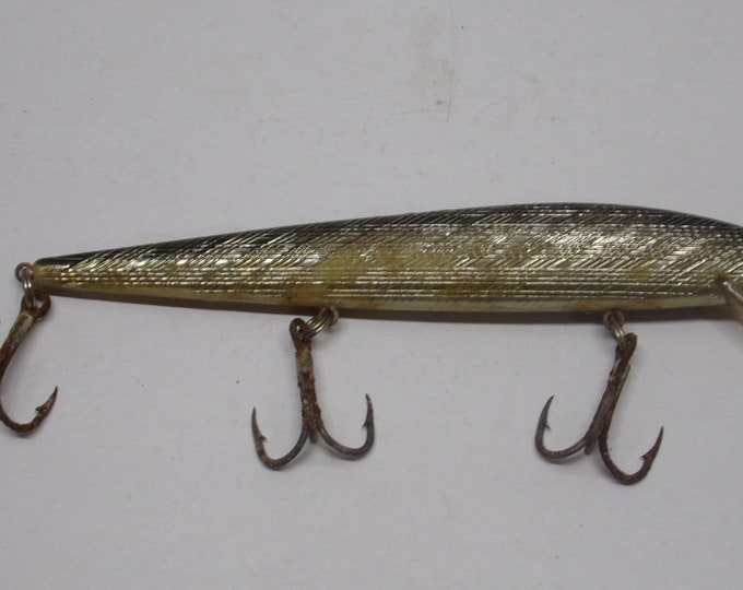 """Vintage rebel floating minnow lure size 6"""" from 1970s"""