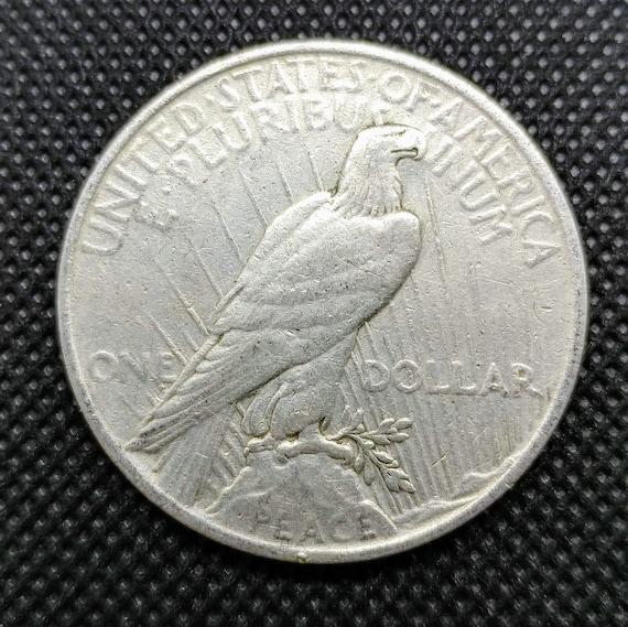 90 /% SILVER 1940-1947 1-ONE UNCIRCULATED WALKING LIBERTY HALF DOLLAR