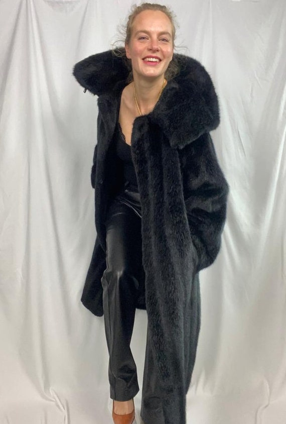 Sister Minquilla Black Fake fur coat
