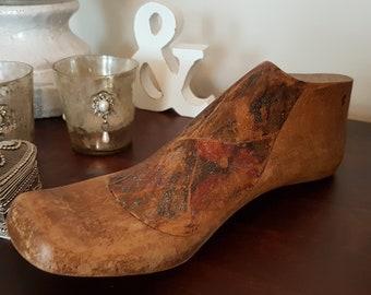 Wood Shoe Last Children\u2019s Shoe Form Style 940 Size 1.5 Rustic Vintage