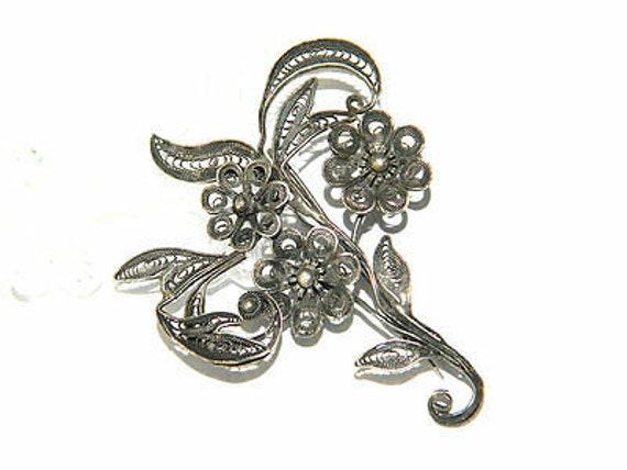 Silver Filigree FLOWER BOUQUET BROOCH Floral Lapel