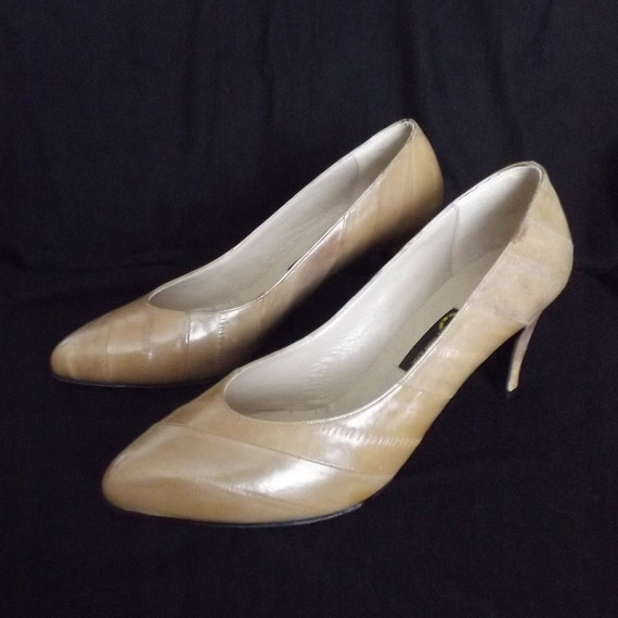 Eel Skin Shoes, Hand Made, Size 9, Elegant Shoes