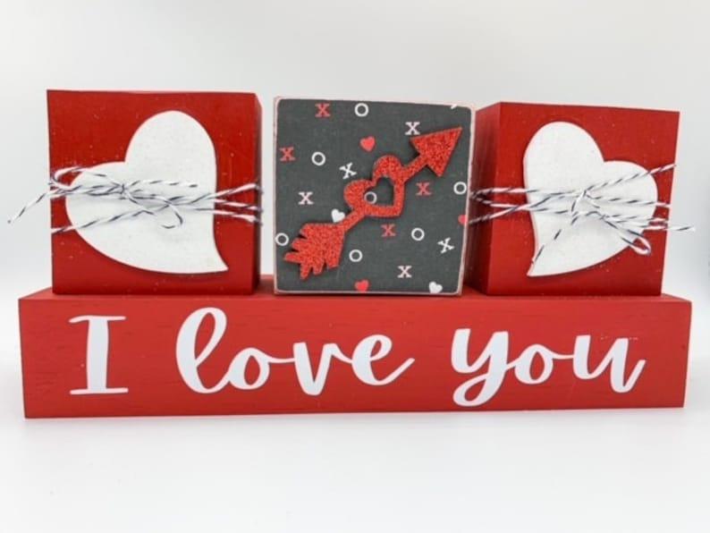 Red Love Blocks Set