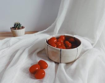 Snack Bowl - Breakfast Bowl - Bol Apéro - Minimalistic Ceramics
