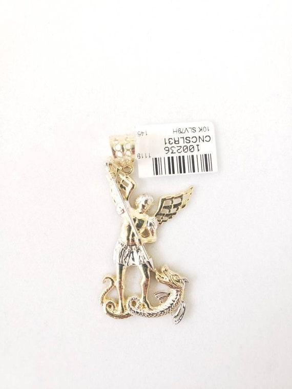 Saint michel pendant