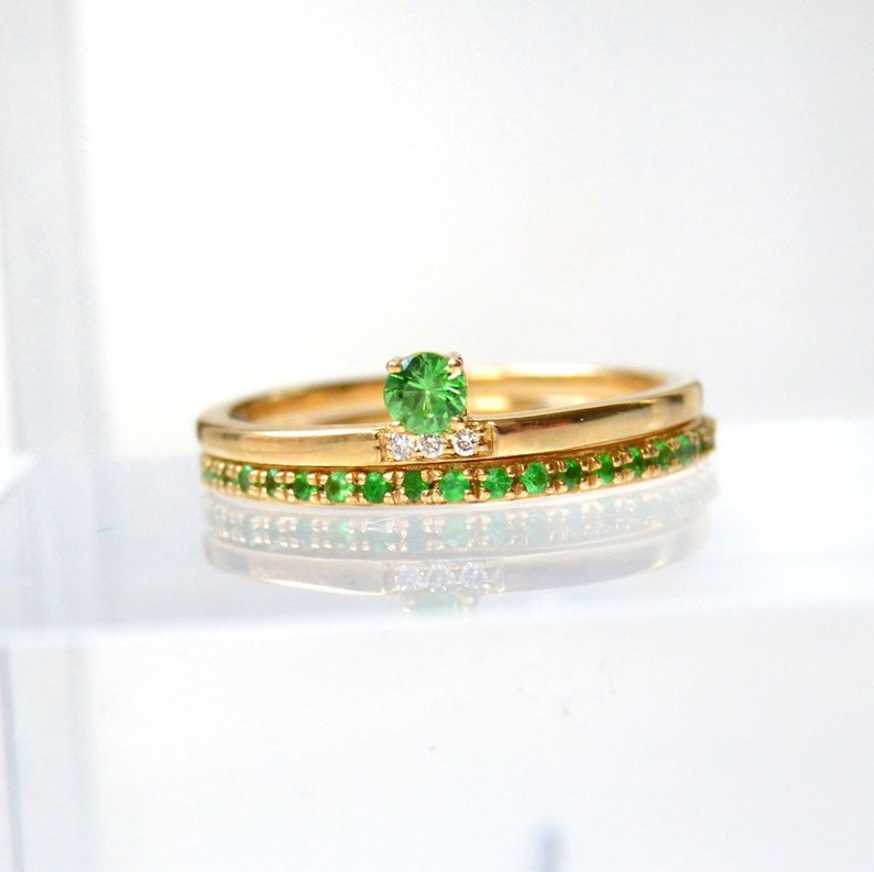 Stacking Rings Emerald Wedding Set Art deco Anniversary Gift Dainty Emerald Ring 925 Sterling Silver Delicate ring Emerald Gold Rings