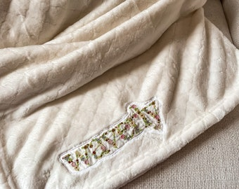 Embroidered baby name blanket, Personalized Baby Blanket Girl, Boy, Embroidered Blanket Baby Gift, Floral name soft Blanket