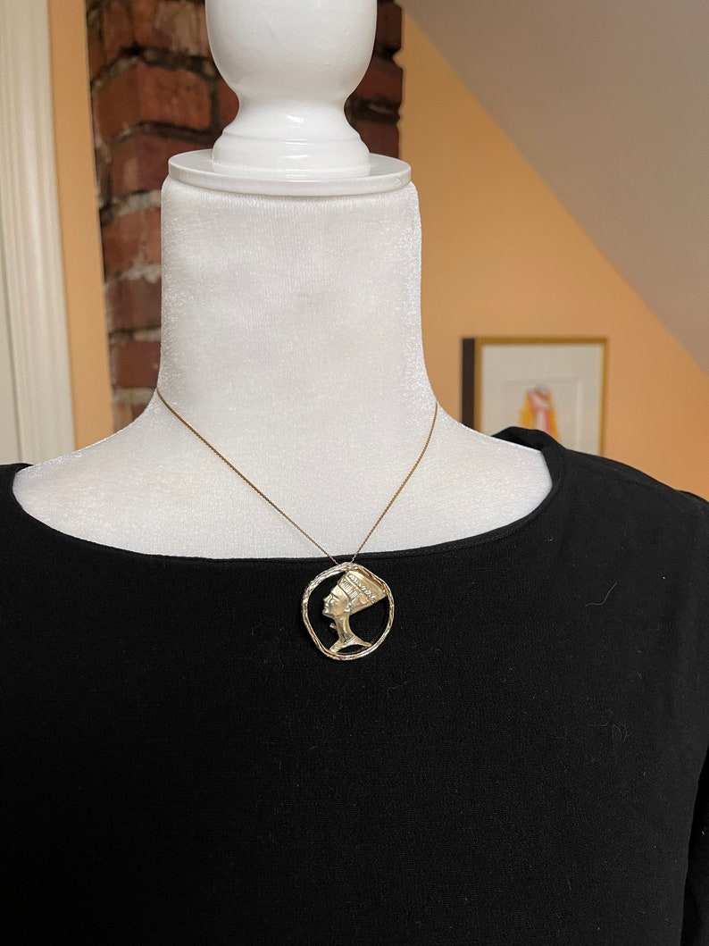 1960s Costume Jewelry Classic Vintage Gold Tone Egyptian Head BroochPendant