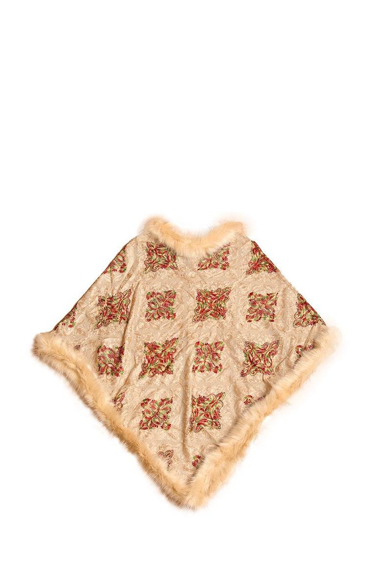 100/% Himalayan Moroccon Pattern Faux-Fur Poncho