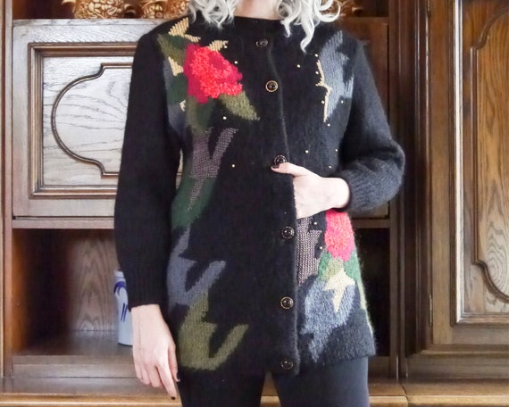Vintage 80s 90s handmade knit cardigan abstract r… - image 9
