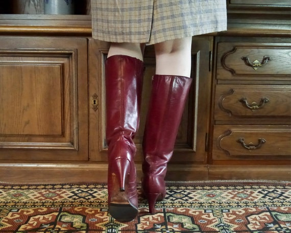 Vintage 70s 80s sexy burgundy high leather boots … - image 4