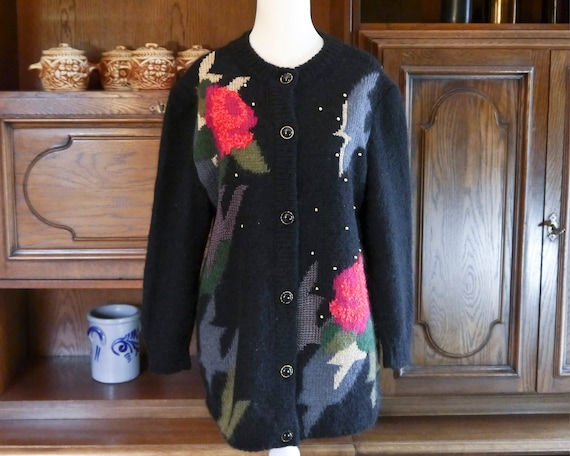 Vintage 80s 90s handmade knit cardigan abstract r… - image 4