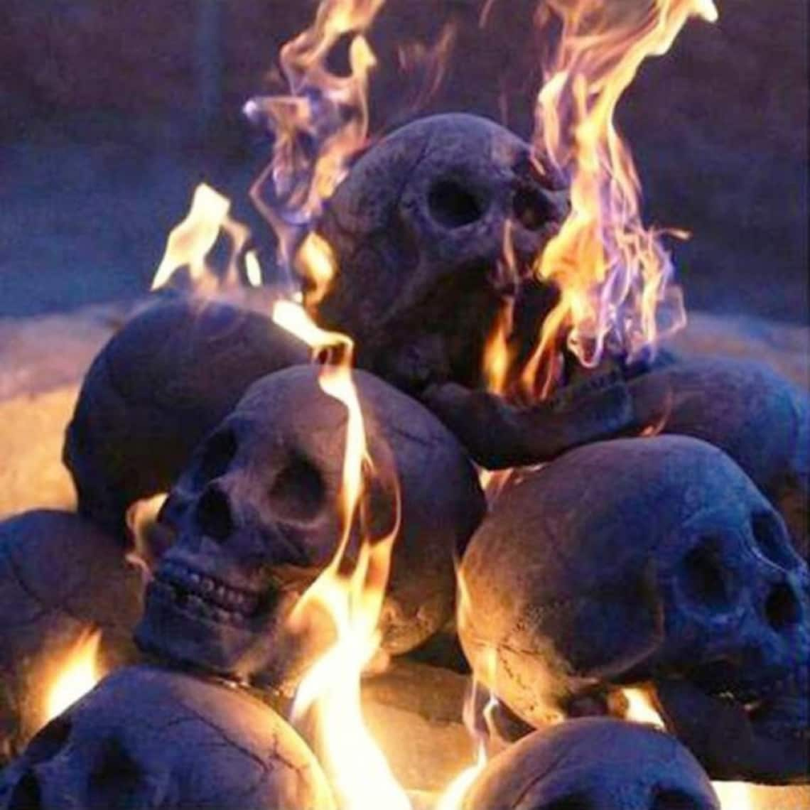 Fireproof Clay Ceramic Skull Sculpture image 0