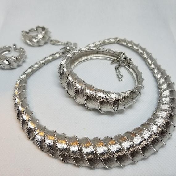 Vintage Three Piece Necklace Set
