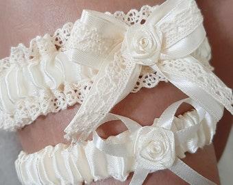 Navy Blue Vintage Rustic Lace Wedding Garter Belt Single or Set w Pearls /& Burlap Twine Ivory Winter White Victorian Dark Midnight