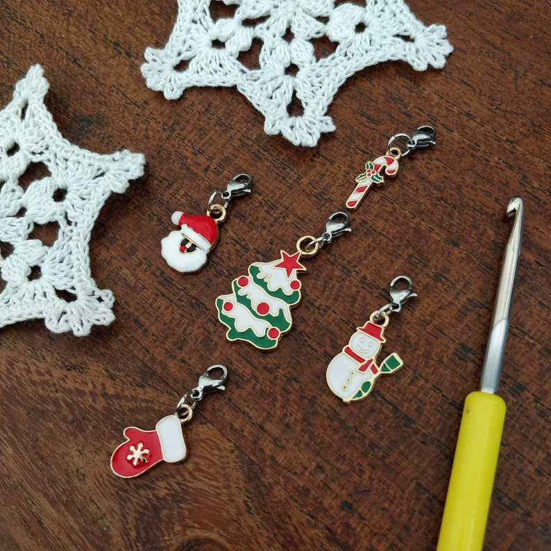 Lots of 5 crochet markers  5 Christmas crochet markers image 0