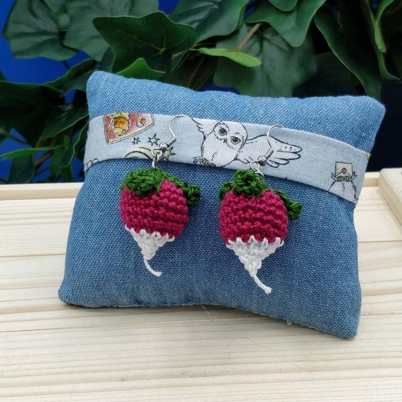Luna Lovegood Harry Potter crochet radish earrings  Radish image 0