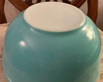 Vintage Pyrex Turquoise Robin's Egg Blue Mixing Bowl # 403