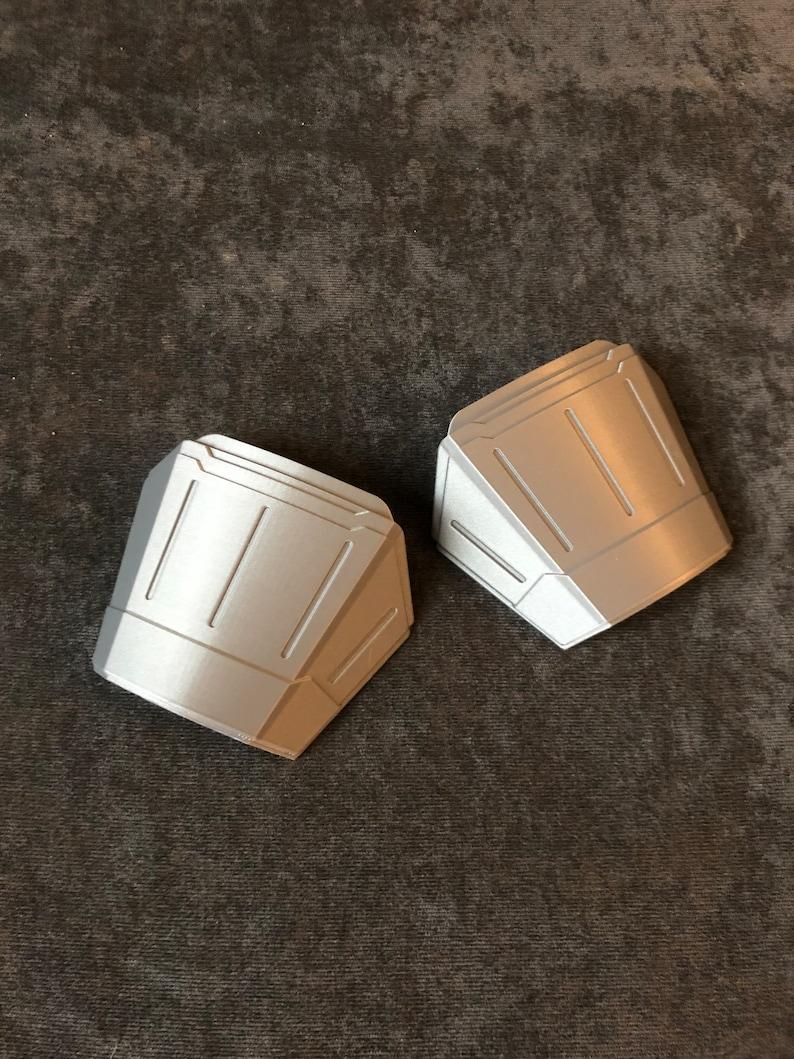 Made in USA Bo-Katan Hand Plates Pair Armor Piece