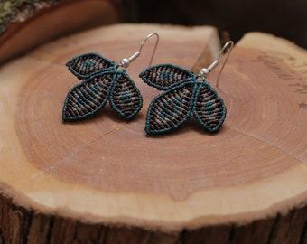 Macrame earrings / flower earrings / petals earrings / macrame jewelry