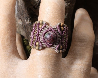 Macrame Ring US Size 8 / Macrame Ring with Stone Bead / Ring Size 8 / Macrame Ring / Ring with Stone Bead / Ring Size
