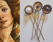 Venus Three hairpins with freshwater beads and labradorite in minimalist boho style for playful hairstyles