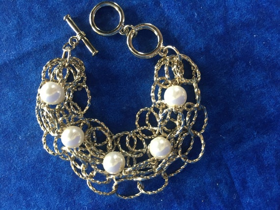 Vintage Gold Chain and Pearl Bracelet - image 4