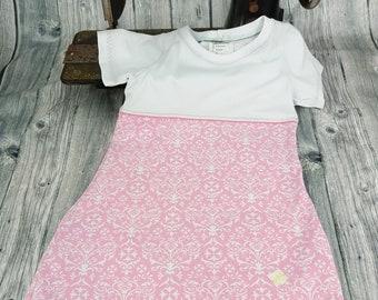 Dress Pink/White Size 104