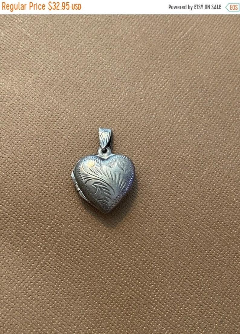 ONSALE Floral Etched Sterling Silver Vintage Heart Locket image 1