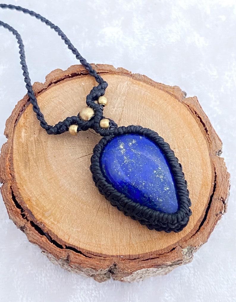 Lapislazuli Adjustable Macrame Necklace,Healing crystal jewelry,Bohemian jewelry,Lapis lazuli Macrame Necklace,Protection amulet,Halskette