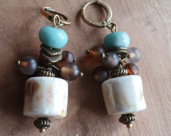 Cute ceramic pearl earrings with agate and amanance