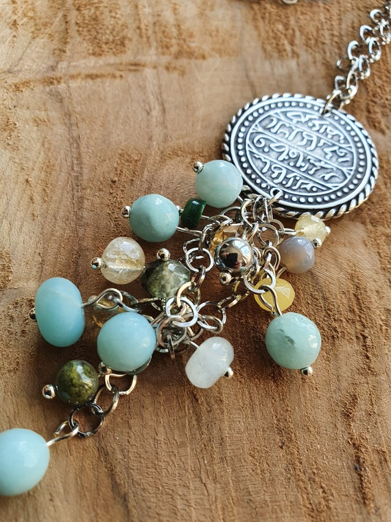 oriental medallion necklace with mixed pearls