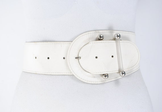 80s Wide White Leather Belt for women. Unique Cors
