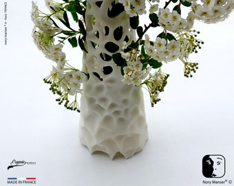 ikebana vase design for dried flower compositions House Office Salon Room Bouquet in a unique handmade creation pot