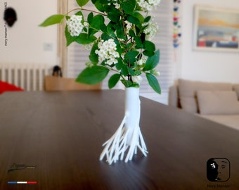 Roots-2- 1.0, soliflore, small vase with twigs and white roots. Soliflore vase pot ikebana kenzan kakebana ikebana flower vase