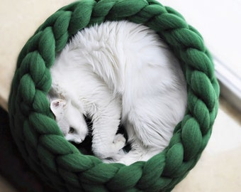 20 Free Crochet Cat Bed & House Patterns ⋆ DIY Crafts   270x340